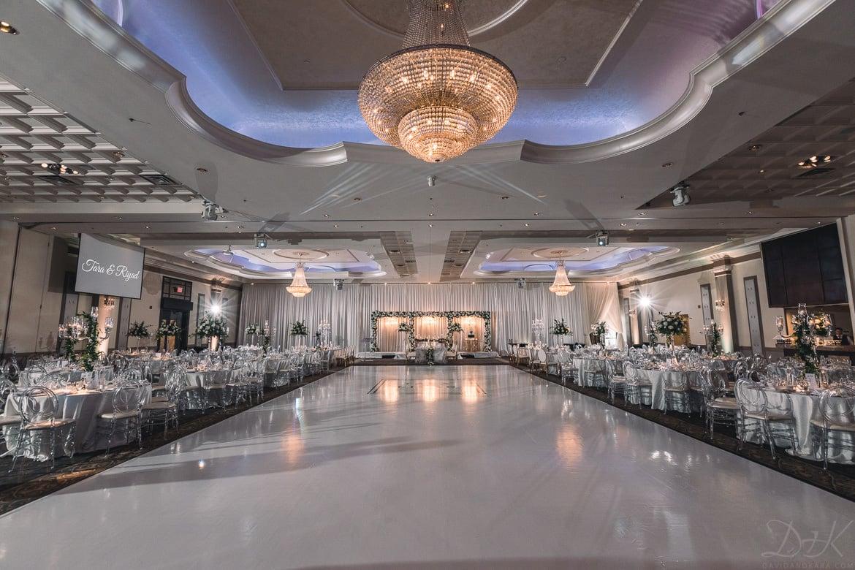 Toronto-Wedding-Photographers_Mississauga-Convention-Centre-Wedding_TaraRiyad-0099