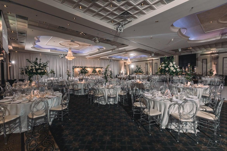 Toronto-Wedding-Photographers_Mississauga-Convention-Centre-Wedding_TaraRiyad-0101