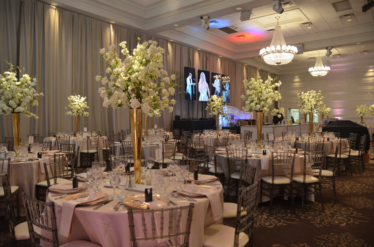 Featured Wedding: Christina & Carlo at Terrace Banquet Centre